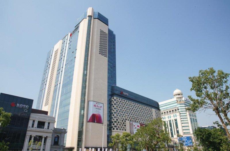 Dongbai Zhouji Hotel Over view