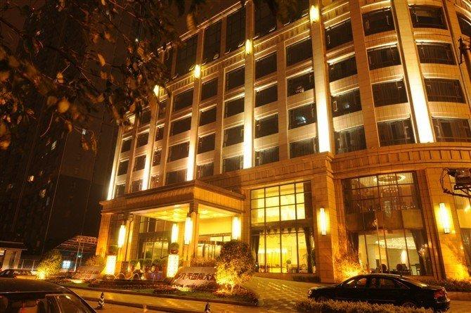 成都九天国际大酒店酒店外观