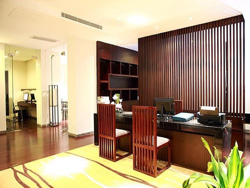 Baiyun Lakeside Hotel Guangzhou Hotel public area