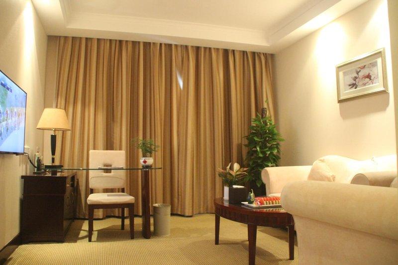 Blue Horizon Royal Parklane International Hotel Room Type
