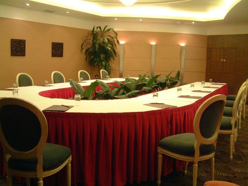 Yindo Grand Jasper Hotel Zhuhai meeting room