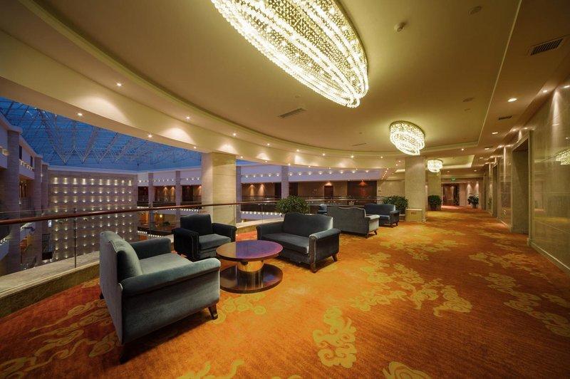 Jiutian International Hotel Leisure room