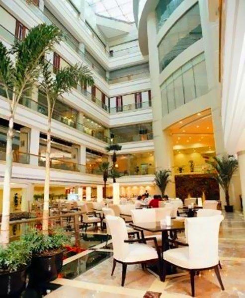 Baoan Hotel Shanghai Restaurant