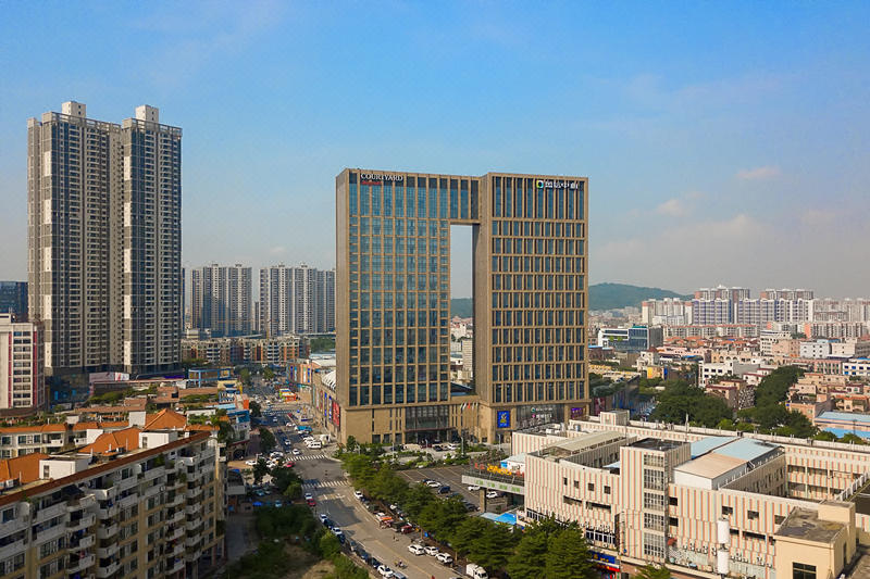 Courtyard by Marriott Shunde Longjiang Over view
