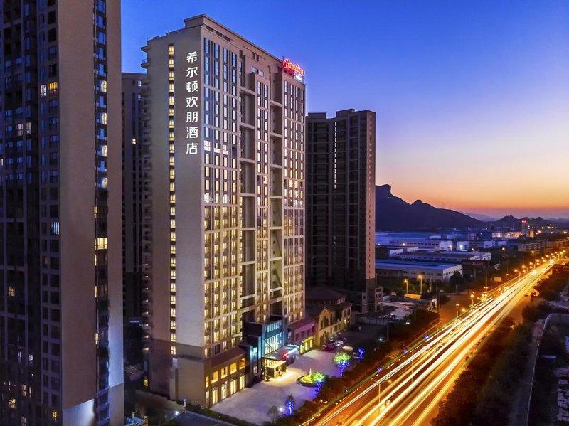桂林临桂希尔顿欢朋酒店酒店外观