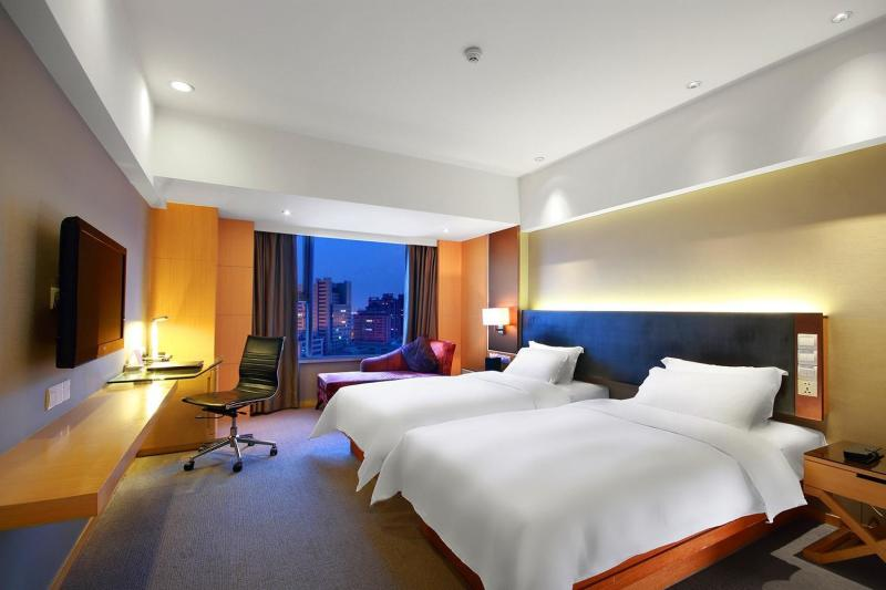 Grand Mercure Dongguan Humen Room Type