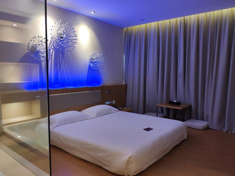 桔子水晶酒店(广州淘金店)房型