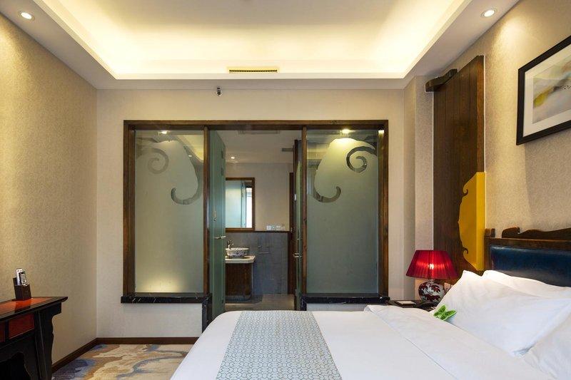 Fantasy Hotels & Resorts Room Type