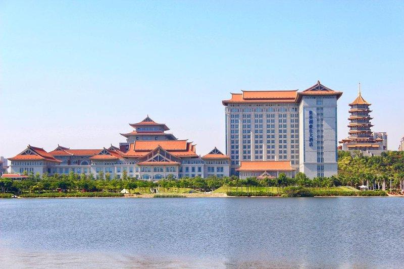 Howard Johnson Jimei Lake Plaza Xiamen Over view